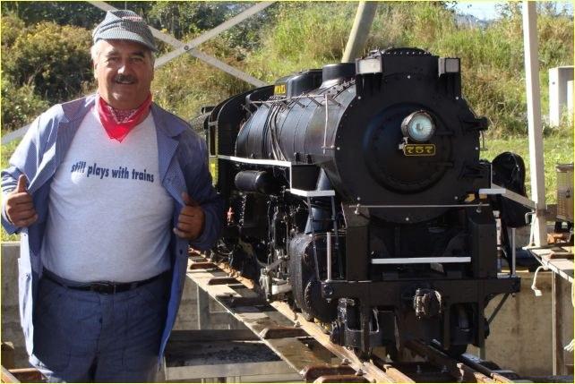 Still plays with trains - ohne Worte