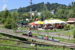 Blick auf den herrlichen Eisenbahn Garten