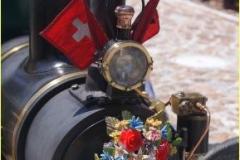 Geschmückte Dampflokomotive